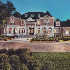 Luxury Homes Exterior, Luxury Homes Dream Houses, Dream House Exterior, Dream House Plans, Exterior Design, Dream Homes, Dream Home Design, My Dream Home, House Design