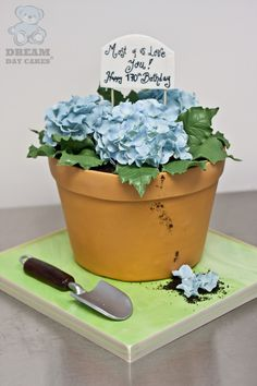 Potted Plant Cake from Dream Day Cakes with edible gardening tools, a fondant pot, and sugar flowers. Garden Birthday Cake, 70th Birthday Cake, Themed Birthday Cakes, Themed Cakes, Giant Cupcake Cakes, Fondant Cakes, Flower Pot Cake, Shabby Chic Cakes, Mothers Day Cake