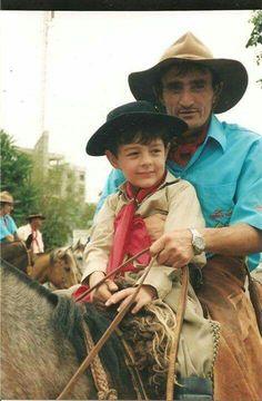 BERNARDO UGLIONE BOLDRINI - ESSE CARA gostava muito do Bernardo. Ele cuidava de BERNARDO como se o BÊ fosse seu filho ...