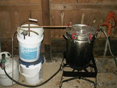 Build Your Own Essential Oil Extractor Distiller. Great for making cosmetics, and a lot cheaper if you can find the bulk of this at yard sales. Essential Oil Still, Making Essential Oils, Essential Oil Uses, Essential Oil Distiller, How To Make Oil, Natural Medicine, Herbal Medicine, Destiel, Home Remedies