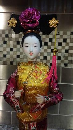 "Vintage Geisha Oriental Girl Hard Plastic Doll Gold/Pink Kimono Collectible 12"""