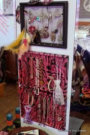 jewlery organizer for college dorm