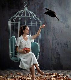 Le fauteuil suspendu en forme de cage à oiseaux Cageling par Ontwerpduo