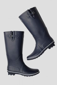 Tall Wellies - Plain | Our famous Seasalt wellingtons. In nautical colours for winter splashing - perfect on a grey day.