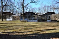 House of the Week: Mid-Century Modern Masterpiece 315 Goat Hill Rd, Lambertville NJ Modern Luxury, Mid-century Modern, This Old House, Historic Homes For Sale, Historic Houses, Houses In America, Glass Pavilion, Country Estate, Old House Dreams