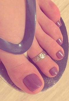 Pink Toe Nails, Pretty Toe Nails, Cute Toe Nails, Feet Nails, Cute Toes, Pretty Toes, Purple Toes, Pedicure Colors, Toe Polish