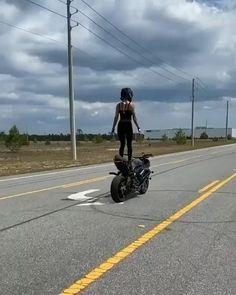 Girl Riding Motorcycle, Motorbike Girl, Motorcycle Bike, Biker Girl, Biker Photoshoot, Motard Sexy, Moto Biker, Stunt Bike, Triumph Motorcycles