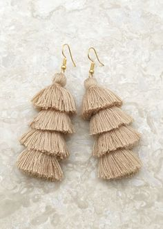 tassel earrings Other Accessories, Jewelry Accessories, Jewelry Ideas, Tassel Earrings, Drop Earrings, Bling, Thread Art, Turquoise, Things To Buy