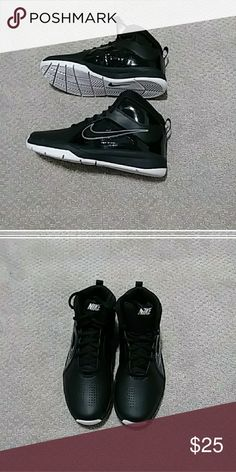 4a7b0a151c374 NEW Nike Team Hustle 7 Black Nike s new without box. Nike Shoes Sneakers