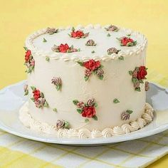 Flowery cake decorating idea that doesn't require piping actual flowers - Salvabrani Pretty Cakes, Cute Cakes, Beautiful Cakes, Amazing Cakes, Cake Decorating Techniques, Cake Decorating Tips, Cookie Decorating, Cake Icing, Buttercream Cake
