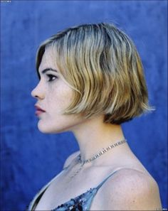 character inspiration: The Kid. Queer Hair, Clea Duvall, Photos Of Women, Coming Out, Pretty People, Character Inspiration, Style Icons, Hair Cuts, Celebs
