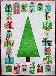 Name: 'Quilting : Advent Calendar Quilt Pattern. It would look cute just as a quilt, no pockets. Christmas Quilt Patterns, Christmas Sewing, Christmas Projects, Christmas Quilting, Christmas Patchwork, Cool Advent Calendars, Fabric Advent Calendar, Advent Calenders, Little Presents