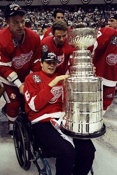 This on one hand makes me happy (and proud of the Red Wings) on the other hand it shatters my heart, Vladimir Konstantinov