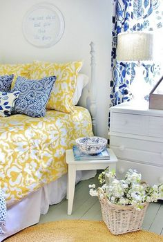 37 Farmhouse Bedroom Design Ideas that Inspire | DigsDigs