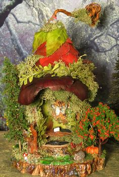 Fairy House - I love the wee hedgehog!