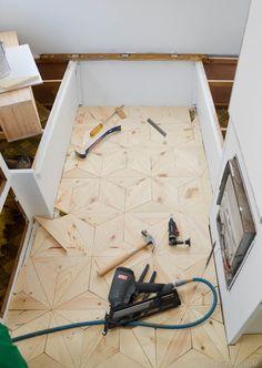 DIY Geometric Wood Floor vintagerevivals.com-26