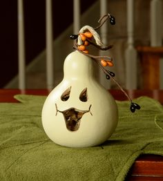Party Treat - Ghost Face | - Meadowbrooke Gourds