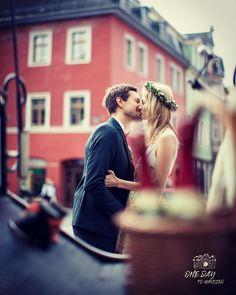 Ben stealing one of his myriad kisses. #hochzeit #hochzeitstag #berlin #brandenburg  #berlinwedding #freespirit #gypsy #berlinweddingphotographer #elopement #hauptstadt #weddingvibes #hochzeit2019 #hochzeit2020 #braut2020 Berlin Wedding, Berlin Brandenburg, Couple Photos, Couples, Ideas, Wedding Day, Wedding Bride, Couple Pics, Couple Photography
