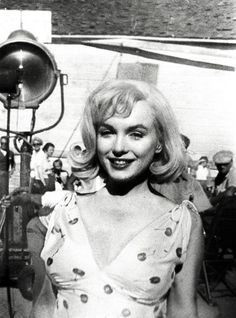 """Marilyn Monroe on the set of """"The Misfits"""" 1961"""