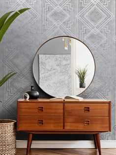 This stylish Delano Geo wallpaper will make a great statement in your home. The design features a matte backdrop in pale grey tones tones, with both smooth and softly textured sections creating a natural organic feel. This is overlaid with an Art Deco style geometric pattern with a contrasting metallic silver finish. Easy to apply, this high quality wallpaper would look great as a feature wall or equally good when used to decorate a whole room. Geometric Wallpaper Metallic, Geo Wallpaper, Textured Wallpaper, Interior Styling, Interior Design, Grey Roses, High Quality Wallpapers, Art Deco Fashion, Rose Gold