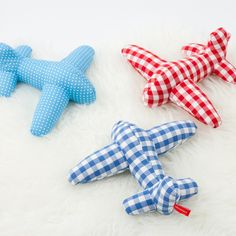 soft airplanes | ten winter baby gifts