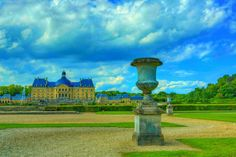 https://flic.kr/p/J1DYBD | Chateau de Vaux-le Vicomte 073 | The Château de Vaux-le-Vicomte is a baroque French château located in Maincy, near Melun, 55 kilometres (34 mi) southeast of Paris in the Seine-et-Marne département of France.  Constructed from 1658 to 1661 for Nicolas Fouquet, Marquis de Belle Île, Viscount of Melun and Vaux, the superintendent of finances of Louis XIV, the château was an influential work of architecture in mid-17th-century Europe. At Vaux-le-Vicomte, the…