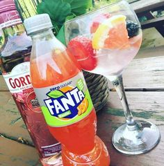 Pink Gin & Fanta Fruit Twist Cocktail ready for summer Pink Gin Cocktails, Fanta, Lemon Recipes, Cocktail Recipes, Alcoholic Drinks, Food And Drink, Fruit, Bottle, Cooking