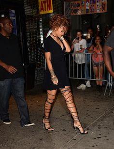 "PoC Fashion on Twitter: ""Rihanna x Recent Fashion http://t.co/8ruslyQuI9"""