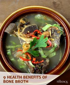 Bone broth helps to heal and detoxify the body systems. Learn more about the health benefits of bone broth for arthritis, inflammation, and leaky gut. Health And Wellbeing, Health Benefits, Gut Health, Fast Good, Be Natural, Natural Health, Bone Broth, Healthy Recipes, Healthy Lunches