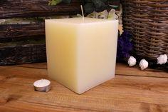 Κεριά μασίφ τετράγωνα σε χρώμα εκρού ΤΧ1315ΧΕΚ. Πλευρά: 13εκ. Ύψος: 15εκ. Pillar Candles, Taper Candles