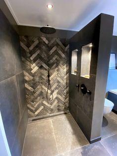 Bathroom Plans, Bathroom Floor Tiles, Bathroom Toilets, Bathroom Inspo, Bathroom Inspiration, Modern Bathroom, Small Bathroom, Master Bathroom, Vintage Bathroom Decor