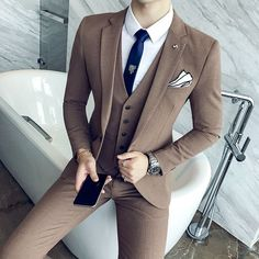 2018 Spring New Men's West Slim Fashion Wild Solid Color Business Casual Wear Temperament British Tide Groom Dress Blazer Outfits Men, Mens Fashion Blazer, Stylish Mens Outfits, Suit Fashion, Classy Suits, Classy Men, Dress Suits, Men Dress, Groom Dress