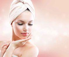Twarz to niezwykle specyficzna część ludzkiego ciała. Nie tylko dlatego, że to na nią zwracamy najwięcej uwagi w kontaktach z innymi ludźmi, ale także dlatego, że wyraża wszystkie nasze emocje i przeżycia. .Większość z nas dba o jej wygląd każdego dnia robiąc makijaż i stosując kosmetyki pielęgnacyjne. Warto uzupełnić te zabiegi także o masaż. http://gabinetzdrowiaiurody.blogspot.com/2014/10/masazu-nie-zastapia-najlepsze-kremy-i.html