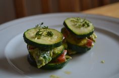 https://flic.kr/p/Ekdxq5 | courgette and avocado tower with red peppers vegan food | courgette and avocado tower with red peppers vegan food