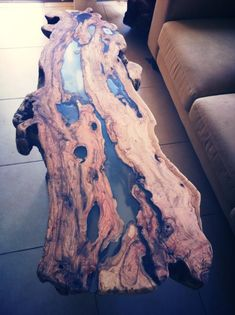 An olive tree table with Epoxy cast i have made . - Resin Art - An olive tree table with Epoxy cast i have made . Wood Resin Table, Epoxy Resin Table, Slab Table, Diy Epoxy, Wood Tables, Wood Table Design, Resin Furniture, Tree Table, Epoxy Floor