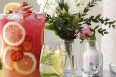 Byd gæsterne store som små på et glas alkoholfri, opfriskende jordbærdrink med god bitterhed fra grapefrugten! Den perfekte drink til diverse lejligheder!