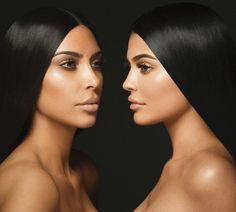 By now you're well aware that the two biggest beauty junkies of the Kardashian-Jenner clan are Kim and Kylie. Kim's contoured cheekbones have turned heads for the past decade, and now her low-maintenance approach to makeup is trending. Kylie, on the… Kourtney Kardashian, Looks Kim Kardashian, Robert Kardashian, Kardashian Family, Kardashian Kollection, Kardashian Style, Kardashian Jenner, Kardashian Girls, Kardashian Beauty