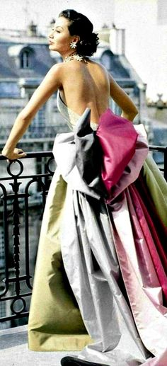 parisian couture of the 1950's