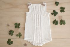 Ullstrikk - The wool knitters blog: KVIT BABY-ROMPER / ANOTHER ROMPER FOR THE BABY