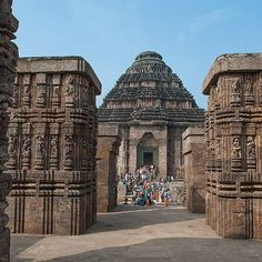 Why sun god never worship in konark sun temple? Bay Of Bengal, Hindu Temple, List, World Heritage Sites, Worship, Travel Destinations, Places To Visit, Architecture, Building