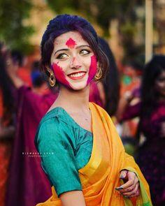 Holi Girls, Preety Girls, Saree Poses, Girl Photos, Hd Photos, India Beauty, Girl Photography, Beautiful Eyes, Indian Actresses