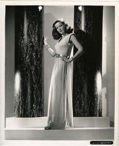 Gene Tierney Photo - Vintage Photos