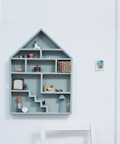 Darling doll house display for all your favourite little knick knacks.. Ceramic miniature bear figurines Clever storage options for kids rooms This fidgety fox onsie.. Snowpuppe origami lamp sale on Bloesem shop online and in store Kids rooms in black...