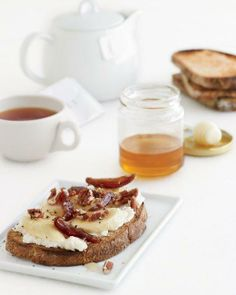 Toast Toppers // Banana-Ricotta Toasts with Pecans, Dates, and Honey Recipe
