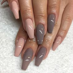 "1,827 Likes, 15 Comments - Victoria Natdha G SWEDEN (@natdhanails) on Instagram: ""Frappe 135 och Little Stone 140 från Semilac/ www.nagelbutiken.se ✨ (natural nails)"""