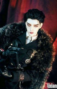 ken cho o dracula Anime Dolls, Bjd Dolls, Ball Jointed Dolls, Character Inspiration, Character Art, Mode Lolita, Realistic Dolls, Doll Repaint, Art Reference Poses