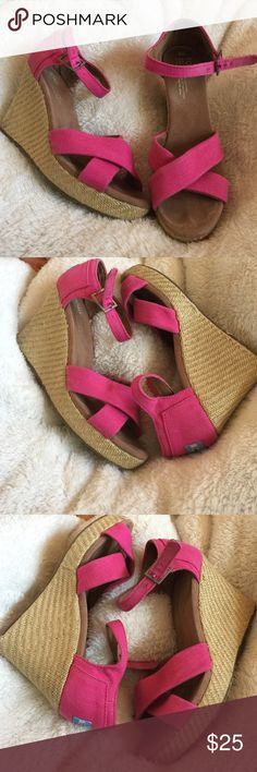 Pink Toms Heels Worn very little and in great shape just a little dirty from storage super cute bundle for a better price! TOMS Shoes Heels