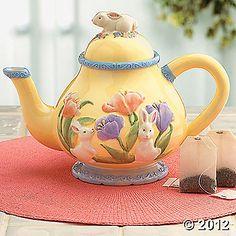 pretty little yellow teapot