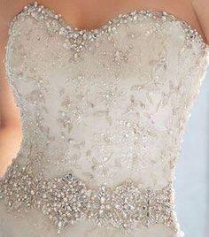 I'm ❤️️'ing this corset...!