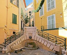 lion fountain france - Google Search Mediterranean Garden, Paris France, Fountain, Lion, Mansions, Google Search, House Styles, Outdoor, Home Decor